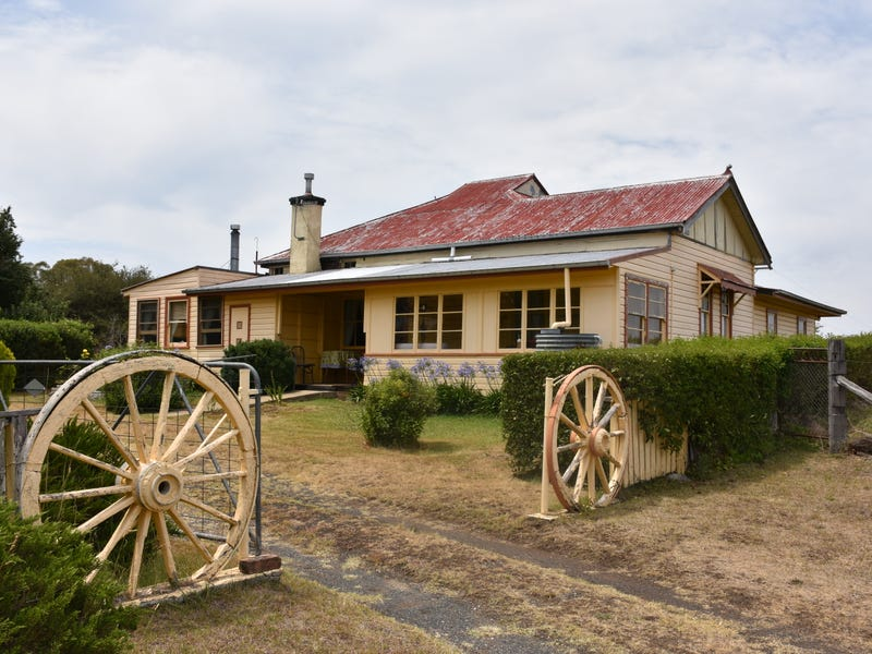 194 NEW ENGLAND HIGHWAY, Glen Innes, NSW 2370