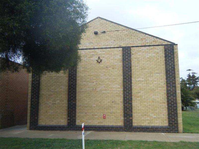 39 Mackay, Rochester, Vic 3561