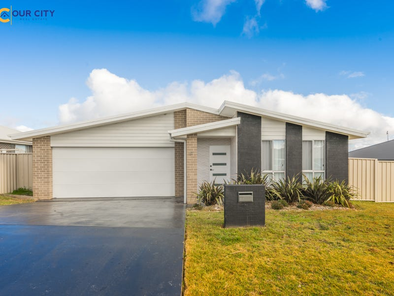 67 Molloy Drive, Orange, NSW 2800