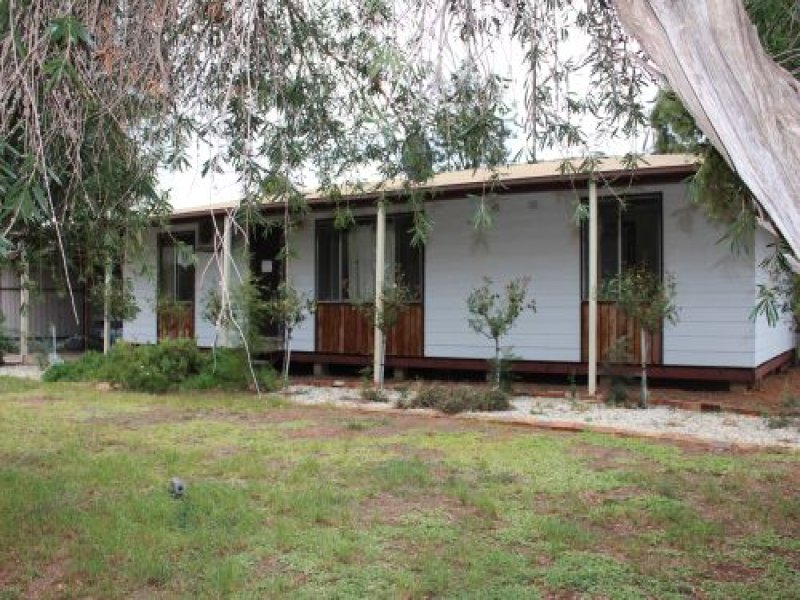 1 Gogeldrie St, Whitton, NSW 2705