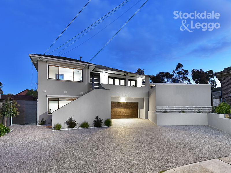 11 Reeves Close, Gladstone Park, Vic 3043