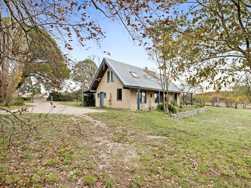 132 High Street, Lancefield, Vic 3435
