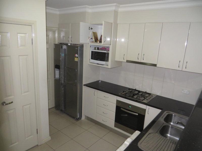 Villa 5/4-6 Metella Road, Toongabbie, NSW 2146
