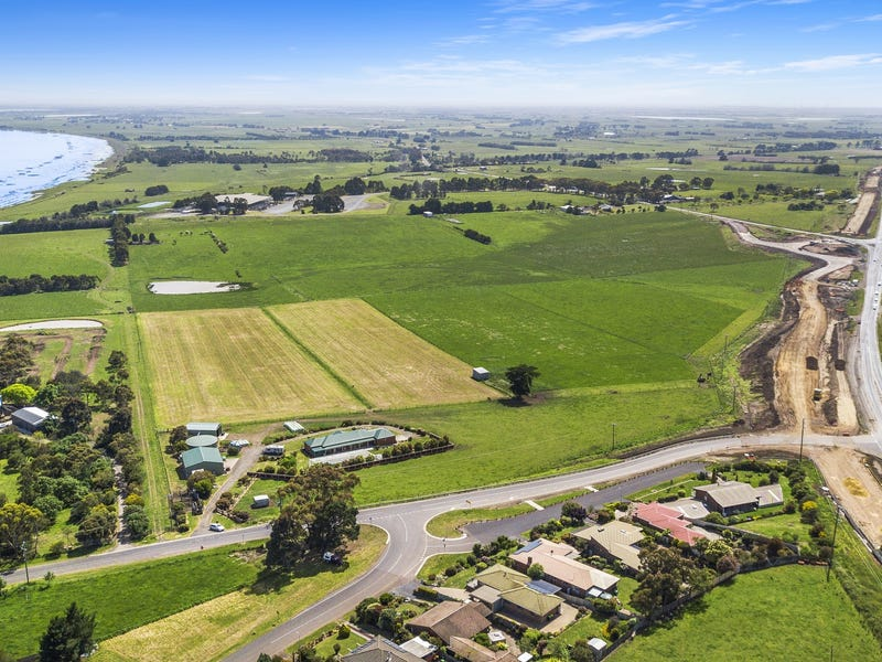 2 Flaxmill Road, Colac East, Vic 3250