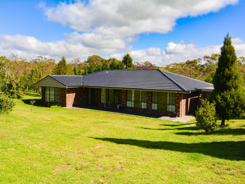 248 Thompsons Creek Road, Pipers Flat, NSW 2847