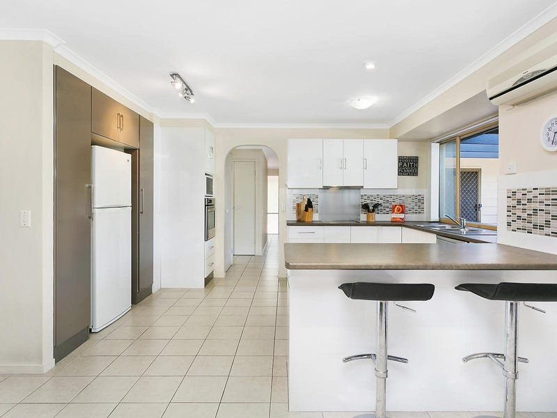 61 Clives Circuit, Currumbin Waters, Qld 4223