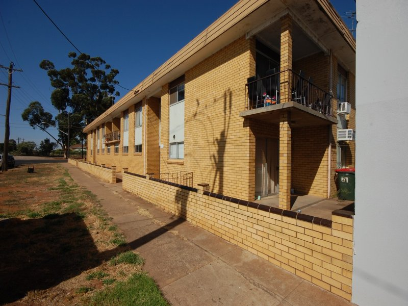 61 Canal Street, Griffith, NSW 2680