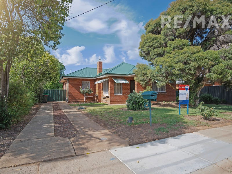 90 Fernleigh Road, Mount Austin, NSW 2650