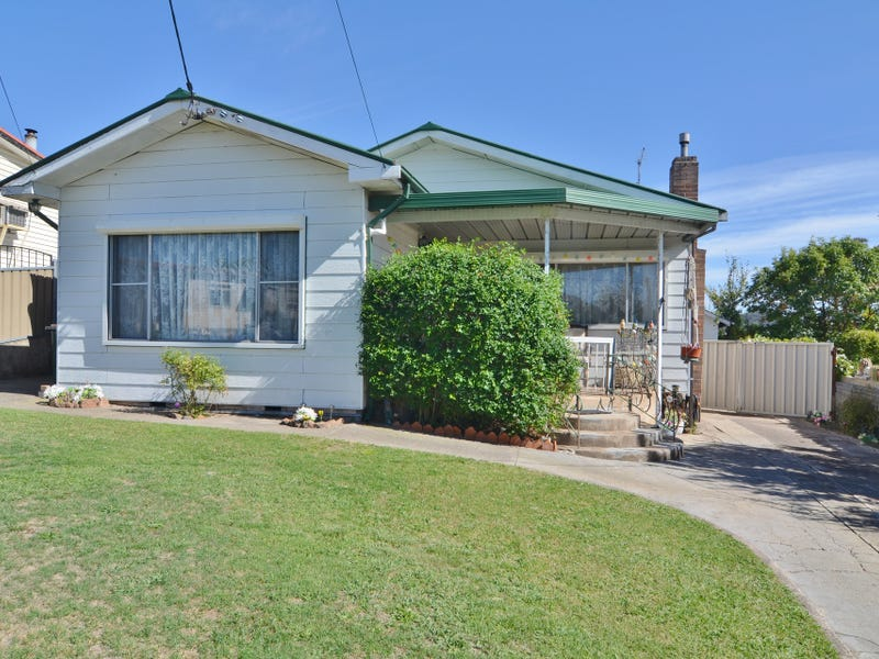 52 Outer Crescent, Lithgow, NSW 2790