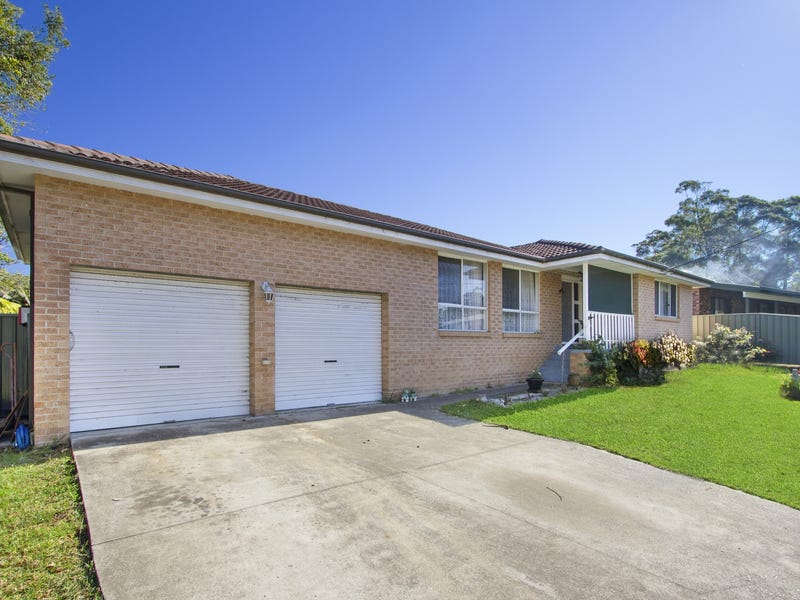 2 Venus Avenue, Lake Tabourie, NSW 2539