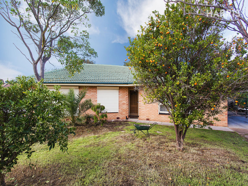 28 Graham Avenue, Hackham, SA 5163