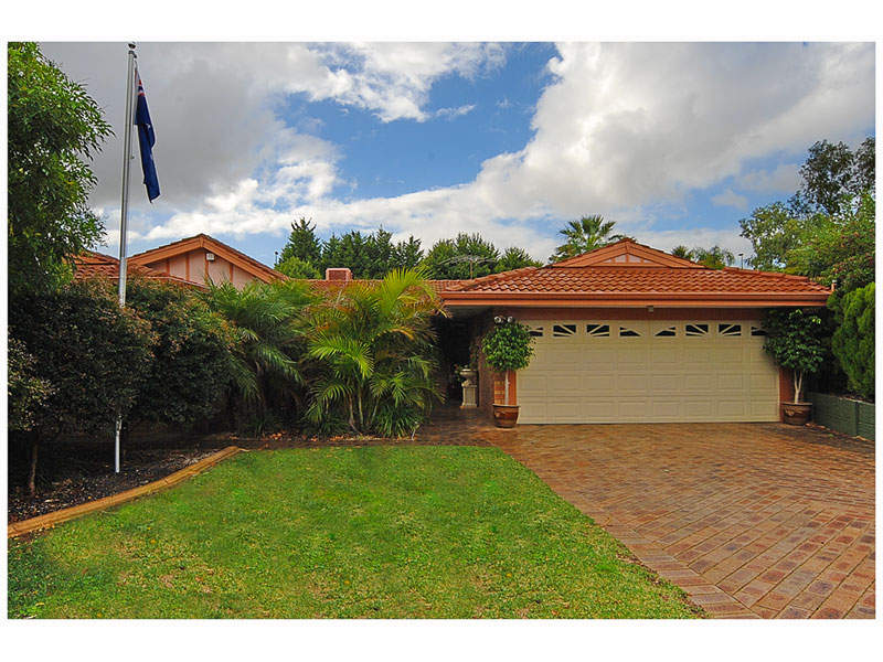 20 Guinevere Way, Carine, WA 6020