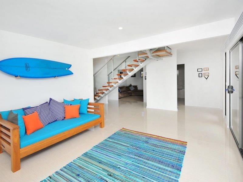 17 Ocean View Road, Arrawarra Headland, NSW 2456