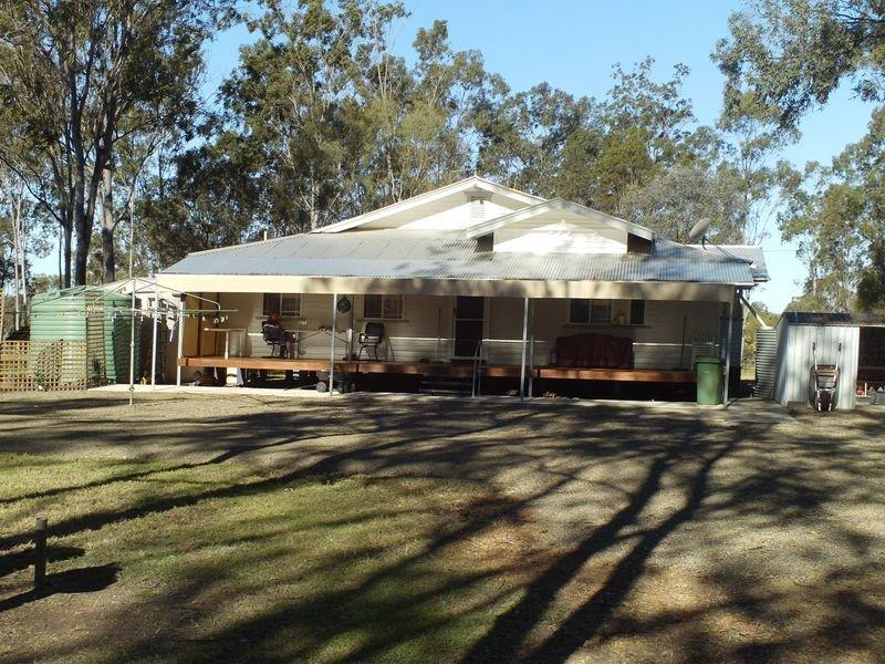 22 Fleur Crescent, Lockyer Waters, Qld 4311