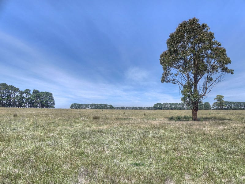 Ballan-Meredith rd, Mount Wallace, Vic 3342