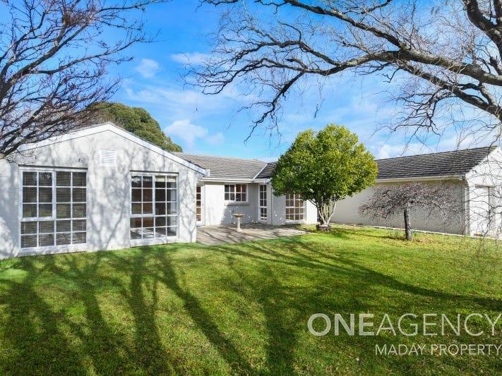 3 Glenrowan Grove, Bowral, NSW 2576