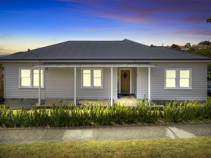 7 Gordon Avenue, Mount Stuart, Tas 7000