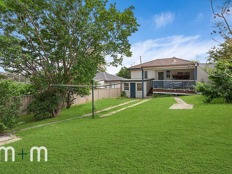 77 Taronga Avenue, Mount Saint Thomas, NSW 2500