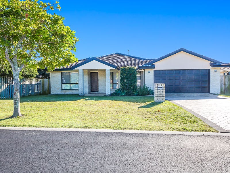 9 Amity Court, Sandstone Point, Qld 4511