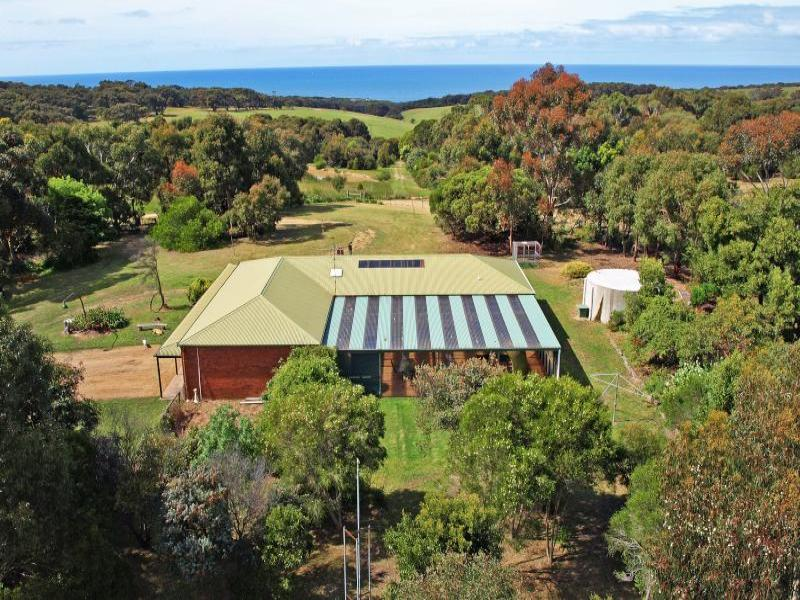 150 Bones Road, Bells Beach, Vic 3228