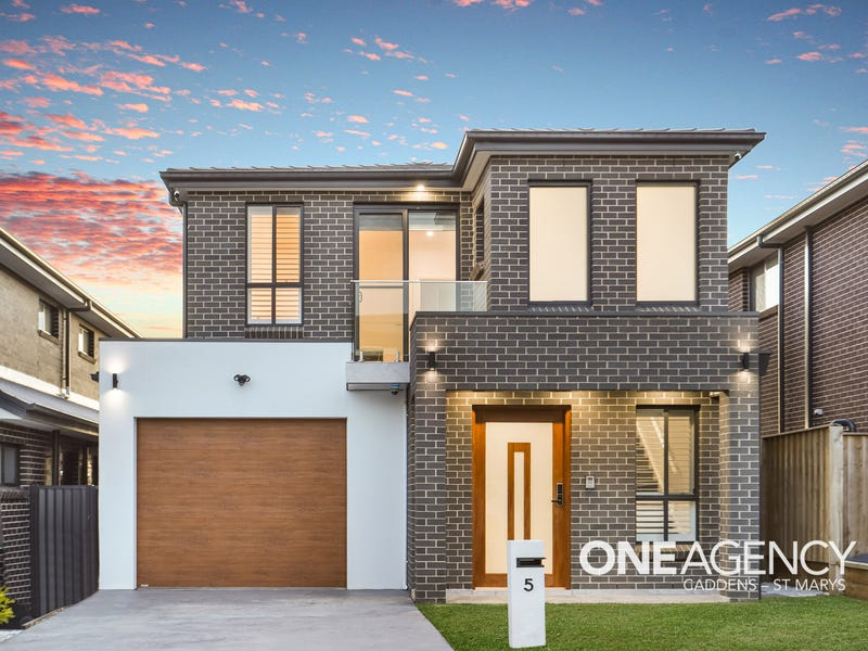 5 Redhaven Street, Caddens, NSW 2747