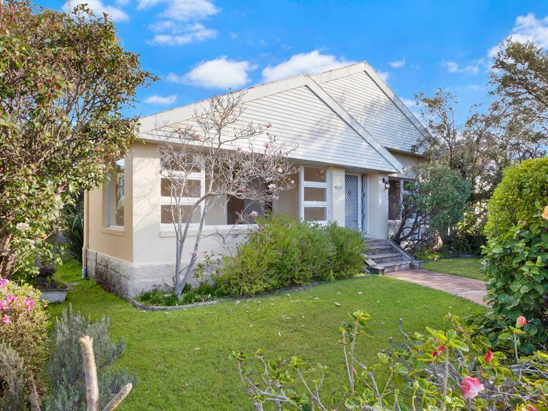 94 Baroona Road, Northbridge, NSW 2063