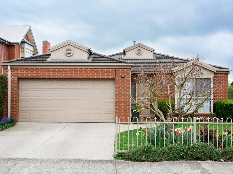 1/1358 Gregory Street, Lake Wendouree, Vic 3350
