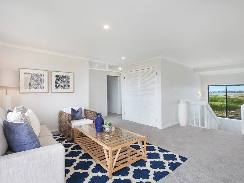 9 Wyuna Avenue, The Entrance North, NSW 2261