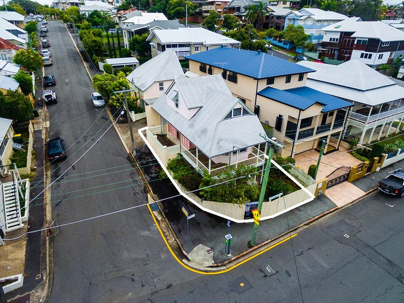 164 Water Street, Spring Hill, Qld 4000
