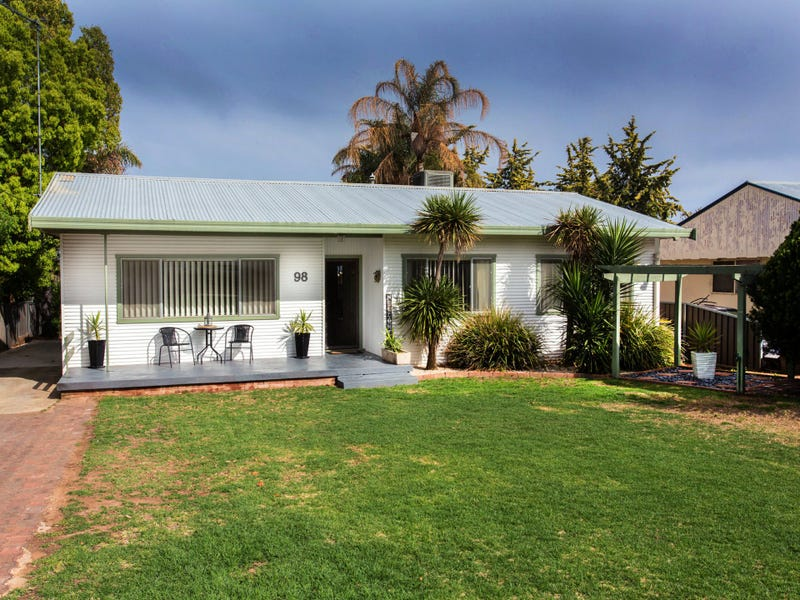 98 Lachlan Street, Cowra, NSW 2794