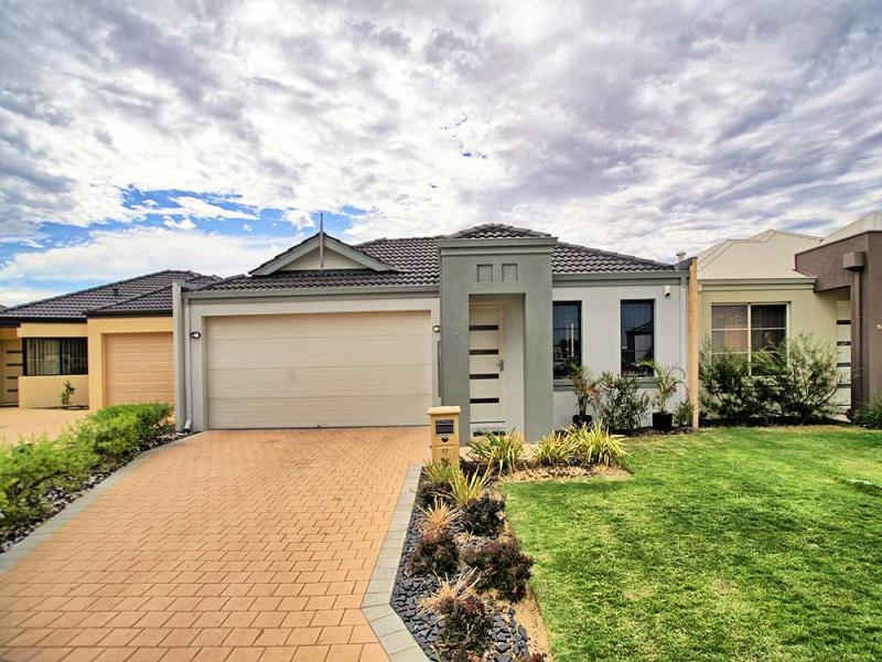 17 Belfast Close, Canning Vale, WA 6155