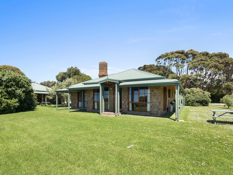 6/2-6 Great Ocean  Road, Marengo, Vic 3233