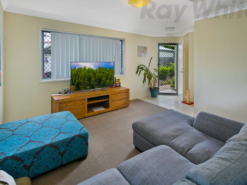 1/110 Lexey Crescent, Wakerley, Qld 4154
