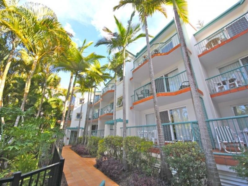 7 Redondo Avenue, Miami, Qld 4220