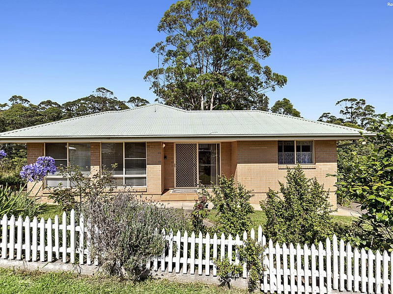 80 Edward Road, Batehaven, NSW 2536