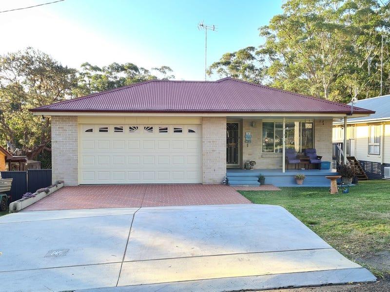 8 Third Ridge Road, Smiths Lake, NSW 2428