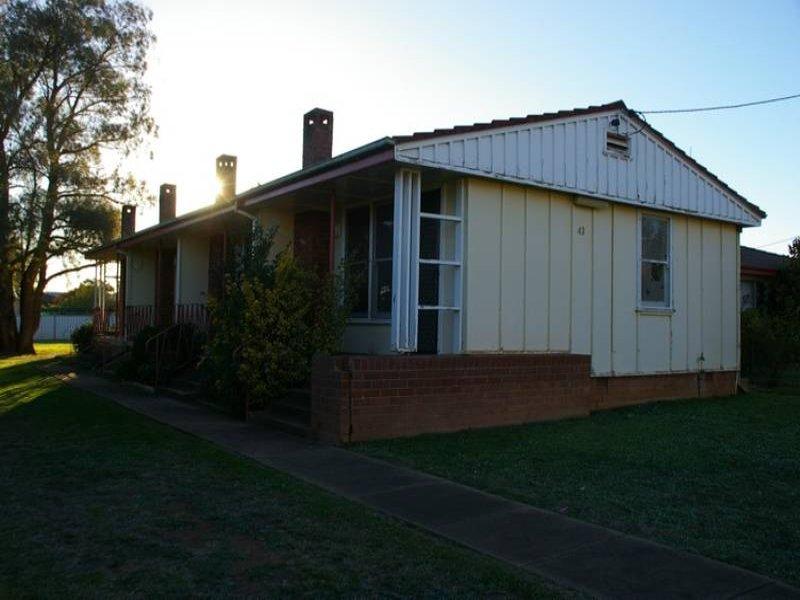 43 Waddell Street, Canowindra, NSW 2804