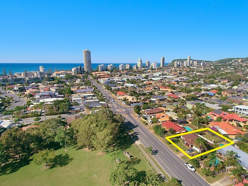 40 Mountain View Avenue, Burleigh Waters, Qld 4220