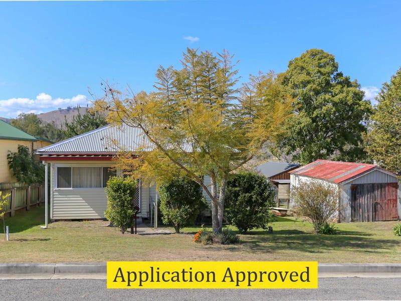 41 Windeyer Street, Dungog, NSW 2420
