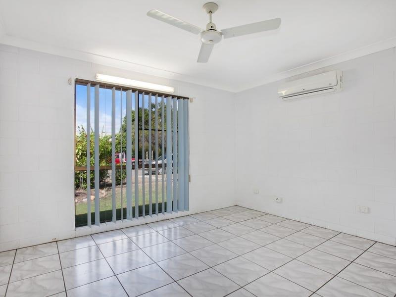 4 Fanning Court, Balgal Beach, Qld 4816