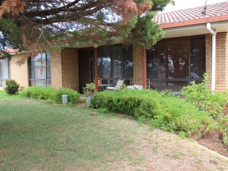 1 Iris Street, Gilgandra, NSW 2827