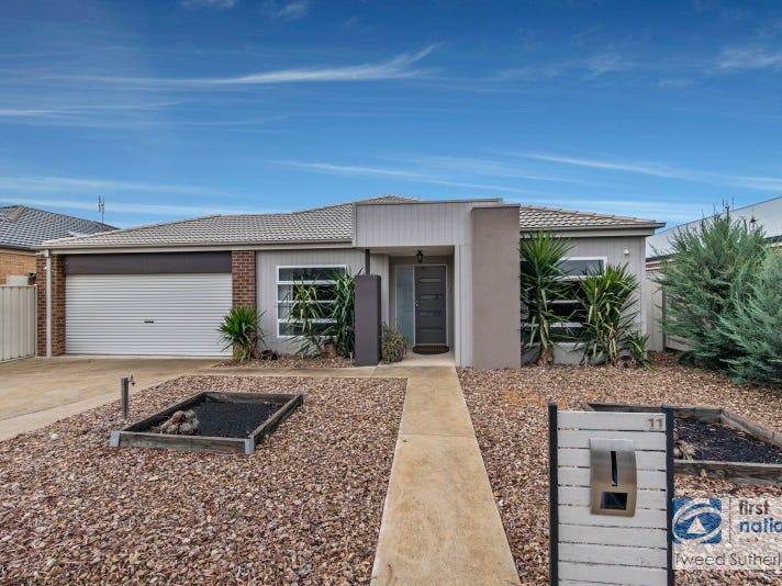 11 Barnett Drive, Kangaroo Flat, Vic 3555