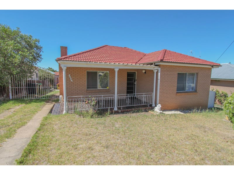 366 Peel Street, Bathurst, NSW 2795