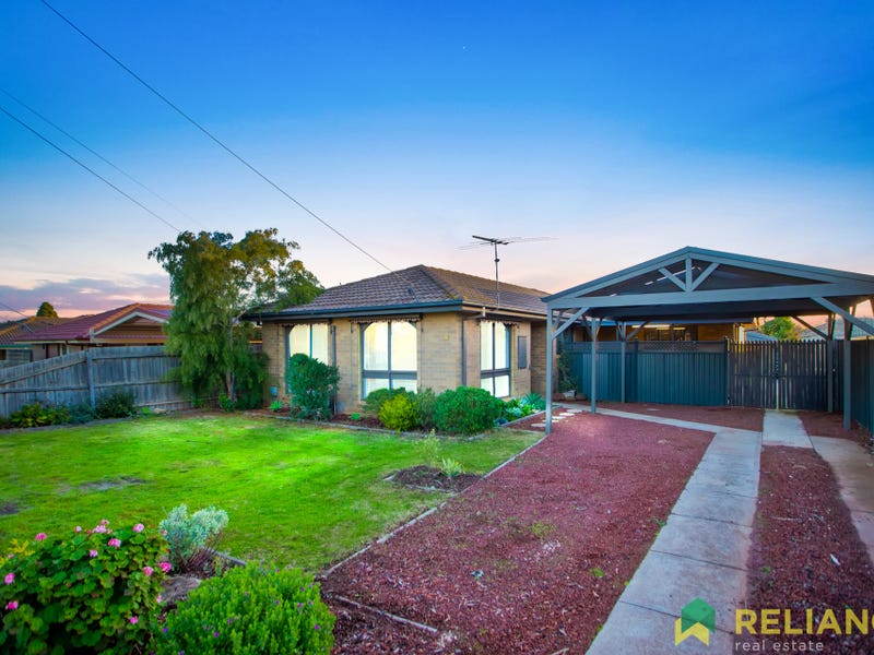 13 Wills Road, Melton South, Vic 3338