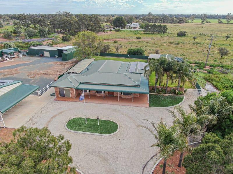 89 Centenary Drive, Wyalong, NSW 2671