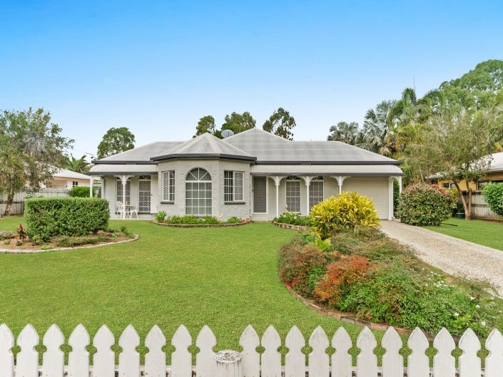 105 Coutts Drive, Bushland Beach