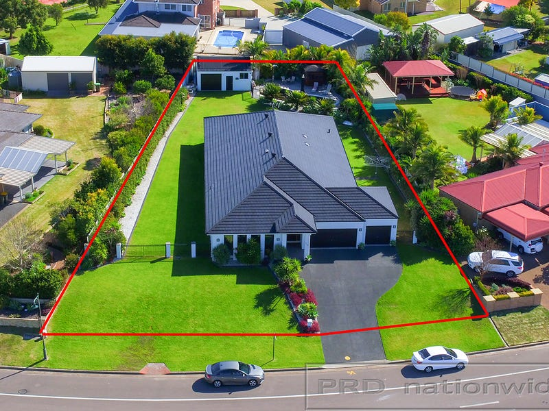 216 Somerset Drive, Thornton, NSW 2322