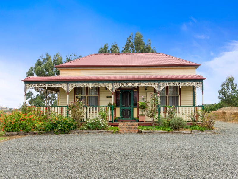 81  Faheys Road, Gordon, Vic 3345