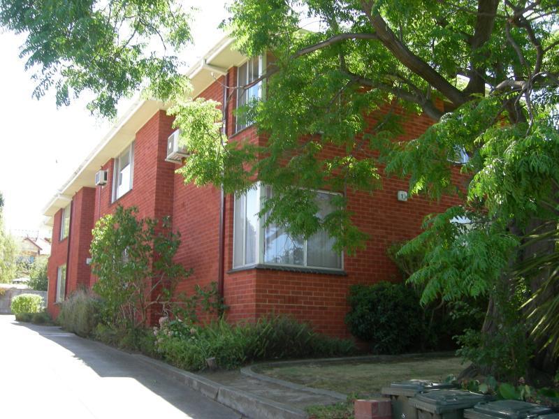 4/12 Dudley Street, Ivanhoe, Vic 3079