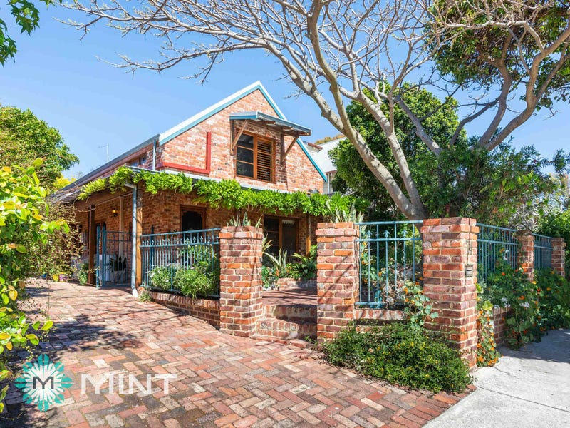 74 Sewell St, East Fremantle, WA 6158